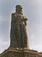 Tiruvalluvar_statue_kanyakumari_2