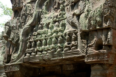 Ta_prohm_lovely_carvings