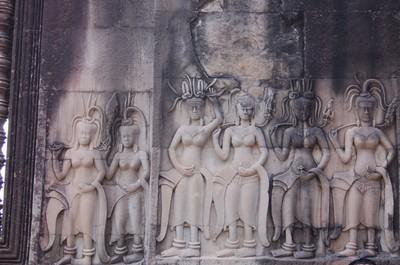 Angkor_wat_apsara_hair_fashions