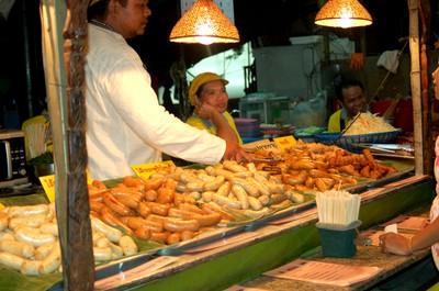 Bangkok_night_bazar_meat