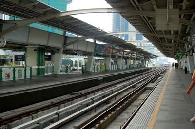 Bangkok_nana_skytrain_stn